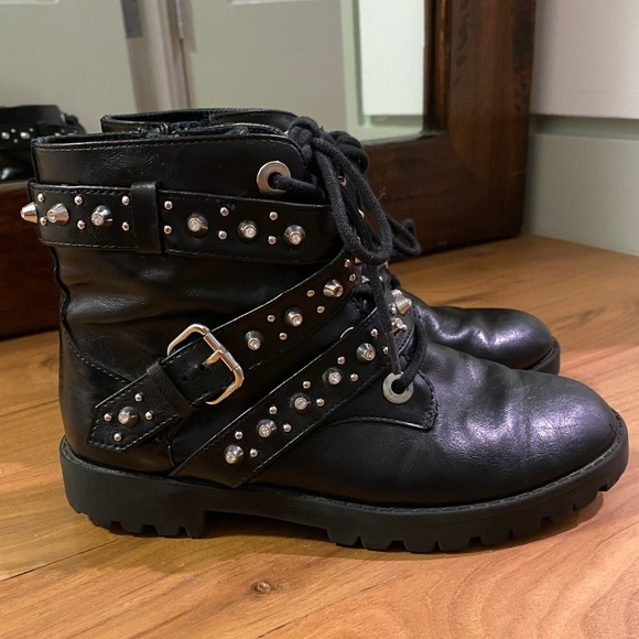 Kids studded leather combat boot